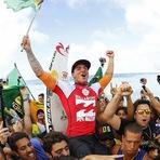 Esportes - Gabriel Medina conquista primeiro mundial de surfe pelo Brasil