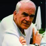 Outros - Milan Kundera