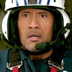 "Cinema - Terremoto: A Falha de San Andreas, 2015. Trailer dublado. Ação, drama e suspense com Dwayne ""The Rock"" Johnson."