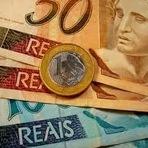 Dinheiro - Publicado decreto que reajusta Salário Mínimo para 2015