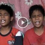 Inspirador: Gêmeos cantando versão nova de Bruno Mars