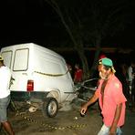 Filho do Ex-Vice-Prefeito dirigia a 200 KM/hora, perde o controle do carro, bate em árvore e morre.