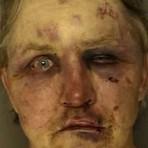 Homem espanca suposto estuprador da namorada nos EUA