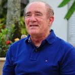Gays e negros não se ofendiam antigamente, diz Renato Aragão
