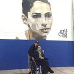 Neymar posta foto com Lais Souza em mural com o rosto da ex-ginasta