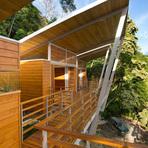 Arquitetura e decoração - Casa flutuante acima das árvores com vista para o mar