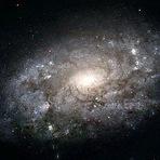 Espaço - Espiral espetacular pode envolver a Via Láctea