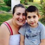 """""""Nunca tive medo"""", diz mãe que apostou no canabidiol para tratar o filho"""