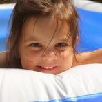 Os cuidados básicos com as crianças na piscina