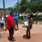 Legal - Distribuição das Cestas da primeira Ação Lance Beneficente