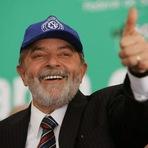 Lula diz que SUS é um orgulho para os brasileiro e dá ideia para o Obama fazer um SUS lá EUA