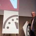 Cientistas avançam ponteiros do Relógio do Juízo Final que fica a 3 min da meia-noite