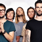 """Maroon 5 divulga nova versão do vídeo clipe """"Sugar"""" - Blog Fone De Ouvido"""