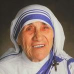 '' ... Se você vive julgando as pessoas, não tem tempo para amá-las ... '' Madre Teresa de Calcutá