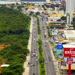 Assaltantes sofrem acidente e são presos na Av. Roberto Freire em Natal, após praticarem furtos.