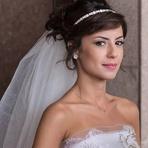 Como Escolher a Cor do Batom de Acordo com o Estilo da Noiva