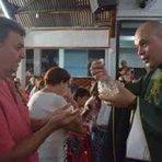 Fim dos Tempos: Padre excomungado reúne cerca de 500 pessoas em 1ª missa alternativa, na cidade de Bauru SP