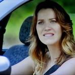 Celebridades - Terça-Feira em Alto Astral: Laura segue Tina, descobre informações comprometedoras e fica assustada