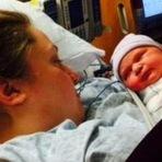 Deu à luz um bebê uma hora após saber que estava grávida