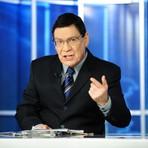 Jornalista do SBT deseja boa sorte para Xuxa na Record