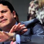 Deputado coloca ao vivo audio do discurso mentiroso de Dilma em sessão e causa desespero