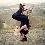 Arte & Cultura -  Surpresas e a vida de pernas para o ar... A vida de pernas para o ar As surpresas inesperadas, muit