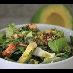 Receita de salada verde com abacate