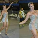 Flagras do Carnaval 2015 - Juju Salimeni vai ao ensaio técnico da Mancha Verde com look ousado e sem calcinha; confira!