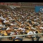 Centenas de violeiros se reúnem em MG e miram o livro dos recordes