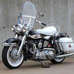 Automóveis - Harley-Davidson de Jerry Lee Lewis foi vendida por US$ 350 mil