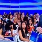 Participante do Programa Silvio Santos solta estranha risada no ar