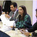Raquel Lyra continua na Comissão de Justiça