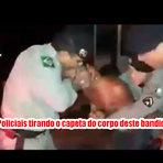 Policiais podem ser afastados por fazer um exorcismo para tirar o capeta do corpo de um bandido
