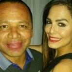 Neymar pai aparece em foto polêmica na web
