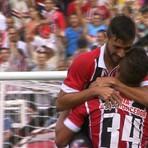 São Paulo faz cinco e goleia o Bragantino