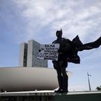 Nem o Carnaval disfarça a crise do Governo de Dilma Rousseff