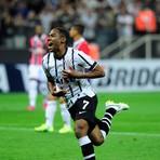 Corinthians vence o São Paulo com golaços pela Libertadores