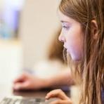 Tecnologia & Ciência - Menina de sete anos consegue hackear rede wi-fi em dez minutos