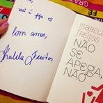 Tarde de autógrafo - Isabela Freitas