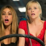 Cinema - Hot Pursuit, 2015. Trailer legendado. Ação e comédia com Reese Witherspoon e Sofia Vergara. Ficha técnica. Cartaz.