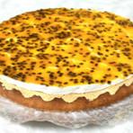 Culinária - Receita de Bolo Mousse de Maracujá! Aprenda o passo a passo e receba muitos elogios.