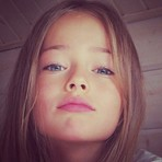 Conheça a menina mais bonita do mundo