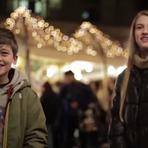 """""""Bata Nela!"""": Vídeo mostra reações de meninos ao serem incentivados a bater em menina"""