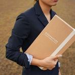 Bookniture, móvel multifuncional que é um livro