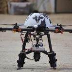 Internacional - Jornalistas da Al-Jazeera foram presos por usar um drone sobre Paris