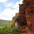 Vale do Rio Claro e Trilha dos Dinossauros são passeios imperdíveis em Chapada dos Guimarães