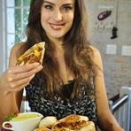 Musa da Gastronomia, Heaven Delhaye ensina a fazer o famoso Burrito