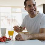 Por que devo tomar o café da manhã