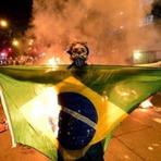 Jornal da Espanha alerta e diz que o Brasil corre o risco de uma guerra civil