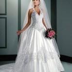 Vestidos de noiva frente única simplesmente maravilhosos.
